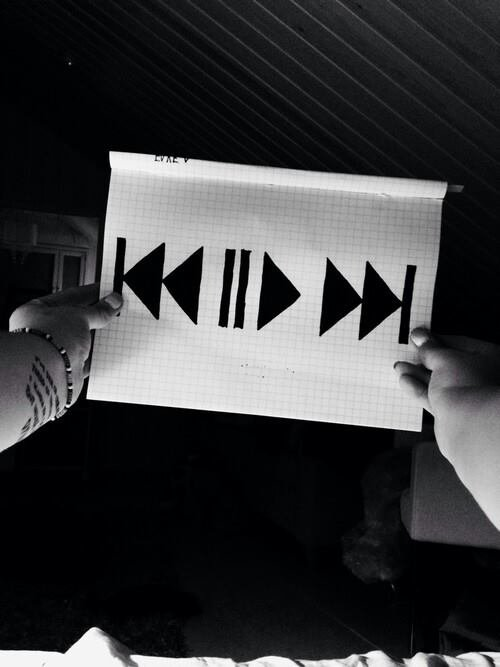 """Play"" ou ""Stop"""