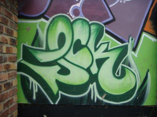 LCK CREW