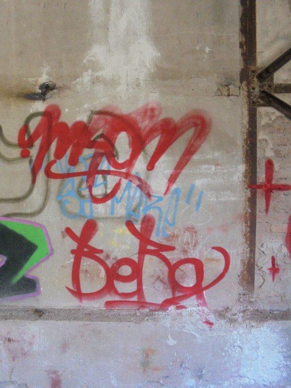 MAOM BERG