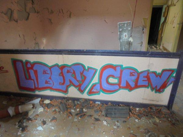 LIBERTY CREW