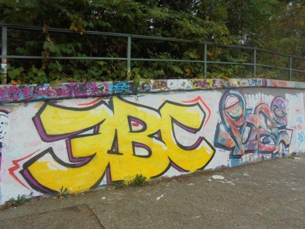 3BC CREW POSE