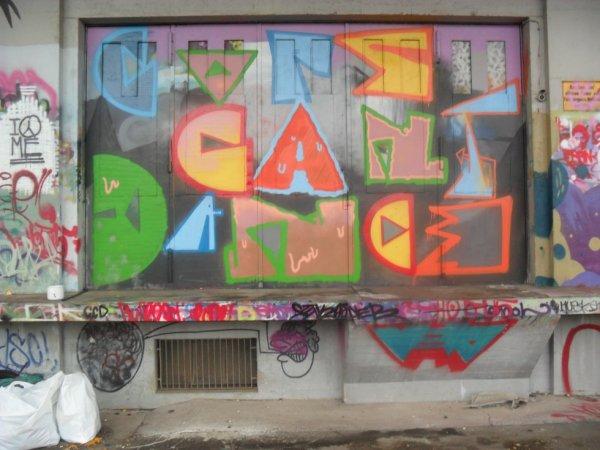 COPS CAN'T DANCE CREW