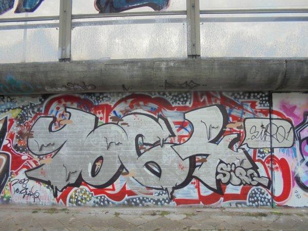1064 CREW