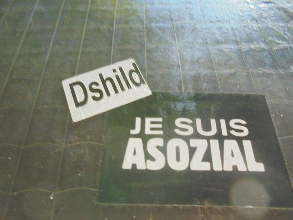 DSHILD JE SUIS ASOZIAL
