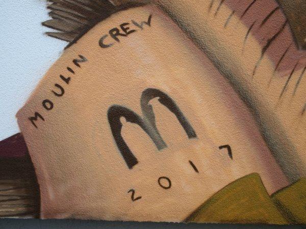 MOULIN CREW
