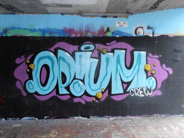 OPIUM CREW