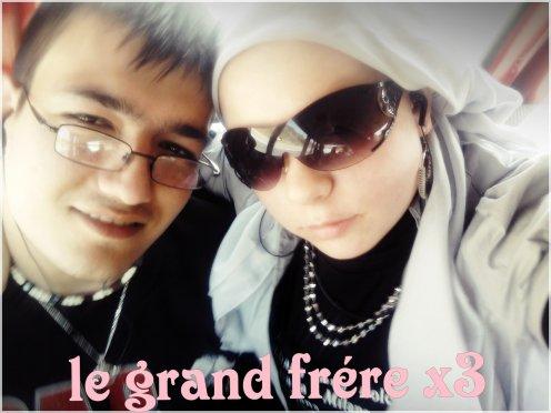Le Grand Frere && Moi !!