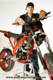 Photo de supermoto-stunt-man