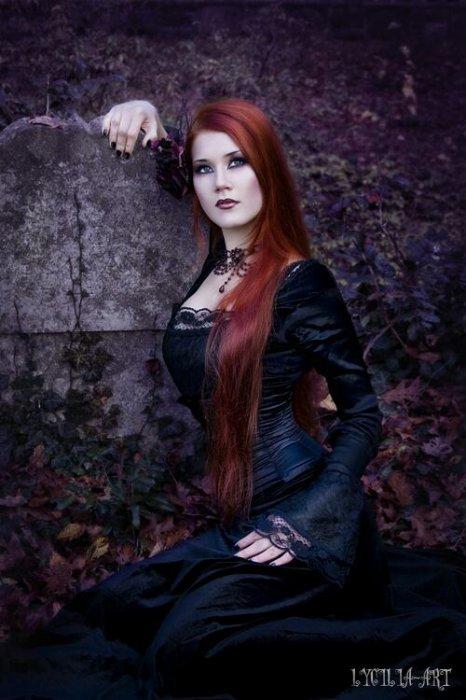Véritable Histoire D'une Vampire