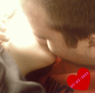 ma femme , mon bonheur au quotidien     01.01.2011   <3   rien ni personne ni changera    je t aime mon amour <3