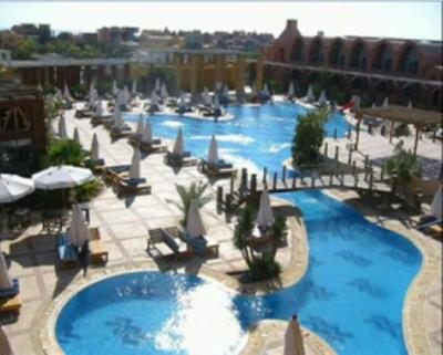 Hotel de luxe algerie for Piscine algerie
