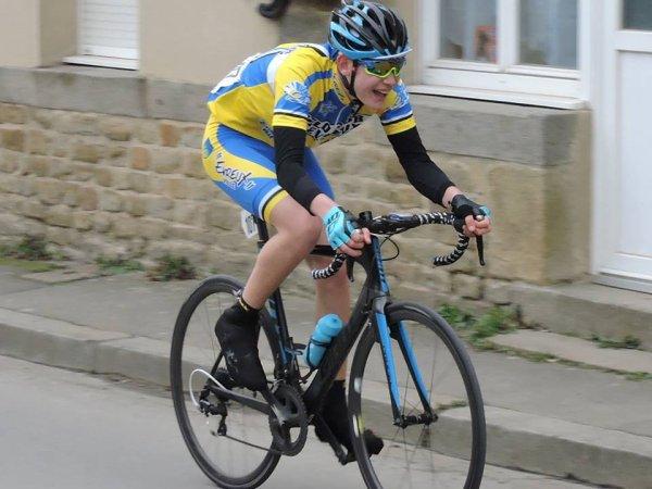 CERISY BELLE ETOILE (61) Maillot des Jeunes  Dimanche 25 Mars 2018.