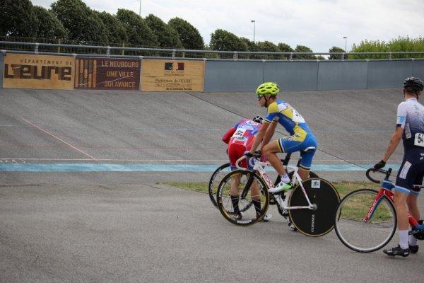 CHAMPIONNAT DE NORMANDIE DE L'OMNIUM sur le vélodrome du Neubourg Dimanche 29 Juillet 2018.
