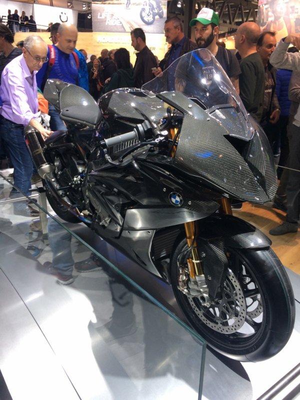 BMW carbone