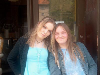 Ma soeur et moi.. De nombreuses années en arriere lol