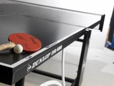 Gagnez une table de ping-pong dédicacée !