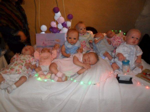 """Bébé a rejoint ses frères et soeurs sur le stand de sa maman """"les petits berceaux de Nana"""""""