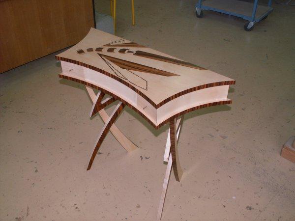 presentation du meuble de jonathan blog de cap ebeniste. Black Bedroom Furniture Sets. Home Design Ideas