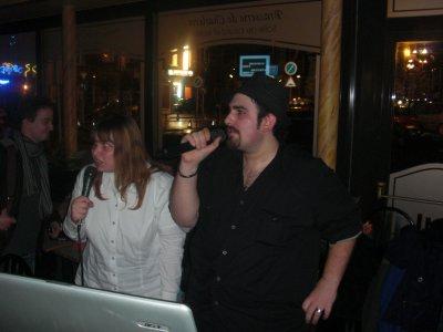 Soirée karaoké, soirée du 12-11-2010: Tony et moi.