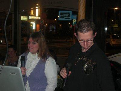 Stéphane et moi au karaoké: Soirée du 10-11-2010.