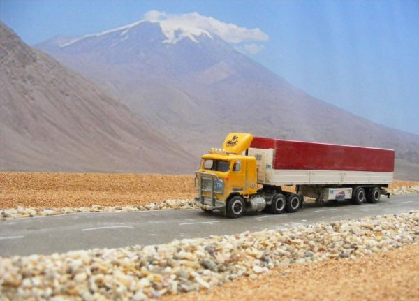 Iranian Mack Ultraliner MH613, near Mount Ararat!
