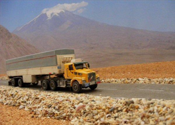 Iranian Volvo N12, near Mount Ararat!