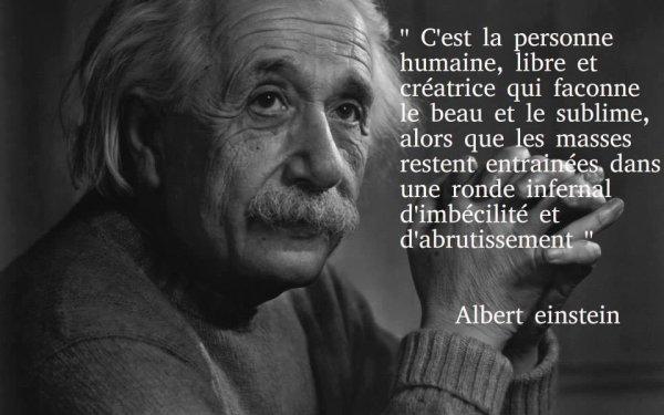 Einstein ...une langue bien pendue !