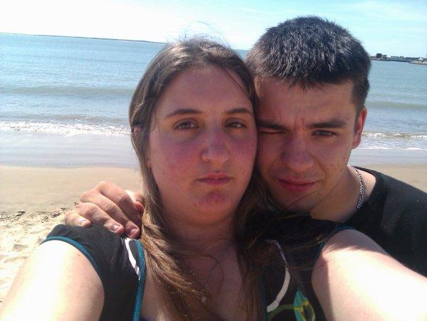 * Le soleil ne s'arrêtera jamais de briller tout comme mon coeur ne s'arrêtera jamais de t'aimer ... ♥