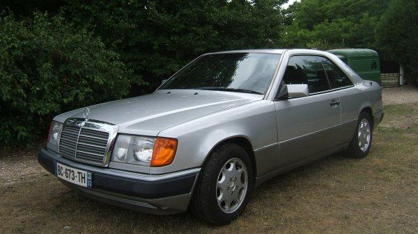 Mercedes 300 CE-24 1991