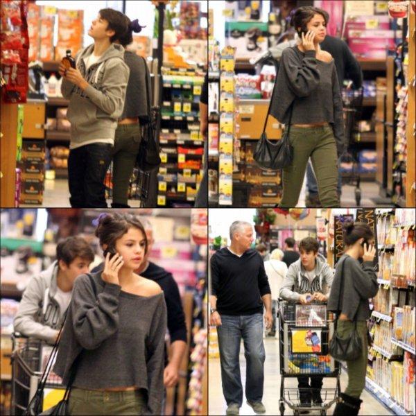 14 janvier 2012 ♣ Le couple Jelena est parti faire ses emplettes au supermarché.