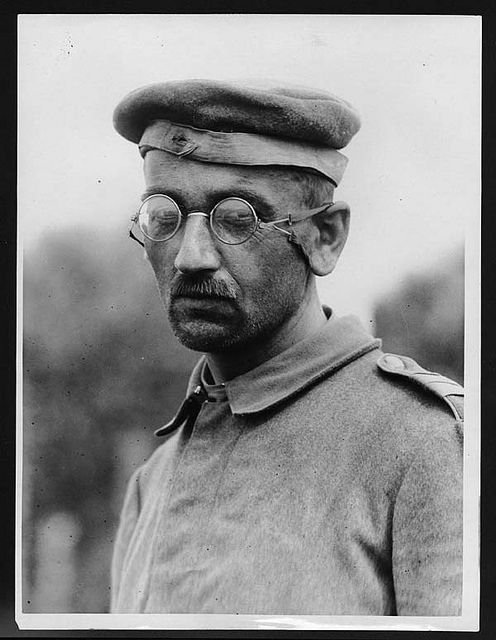 WW1 Livre Briquet German Soldier With Field Cap & Spectacles