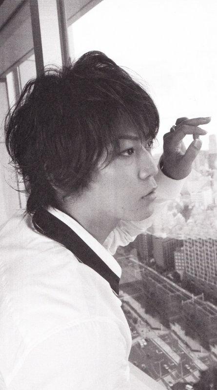 Kamenashi Kazuya dans Maquia d'Octobre