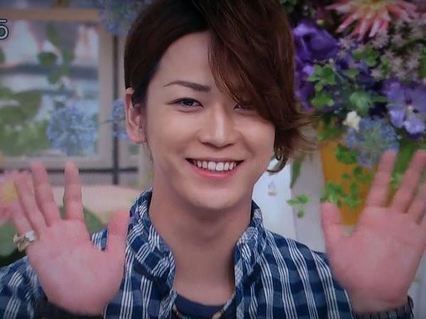 Kamenashi Kazuya et Les KAT-TUN a la télé