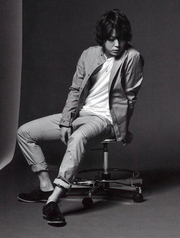Kamenashi Kazuya dans Ray magazine