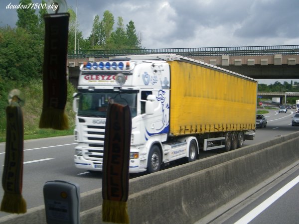 scania ( on the road...)