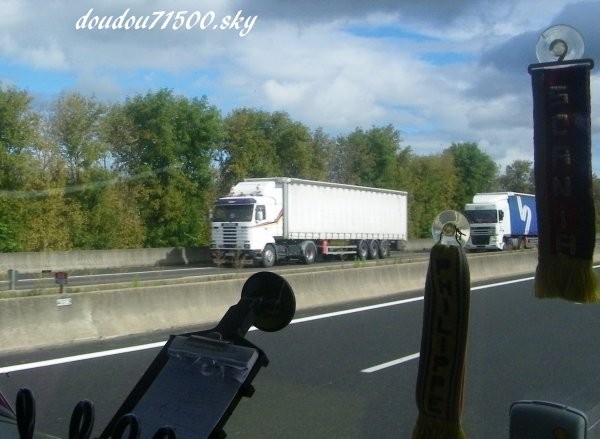 scania 143 ( on the road ...)