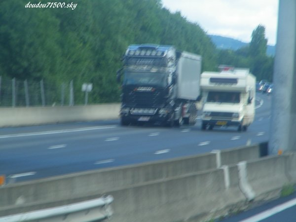 scania  ( on the road  )