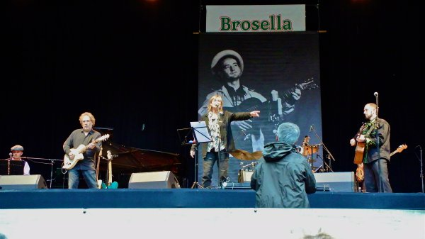 Brosella 2012 Woody Guthie tribute