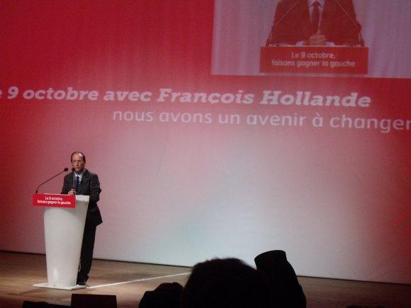 """François Hollande, en meeting à Strasbourg, """"Il faut changer le capitaine et l'équipage"""""""
