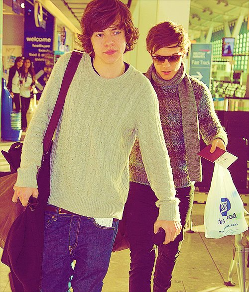 Harry Styles, Louis Tomlinson.