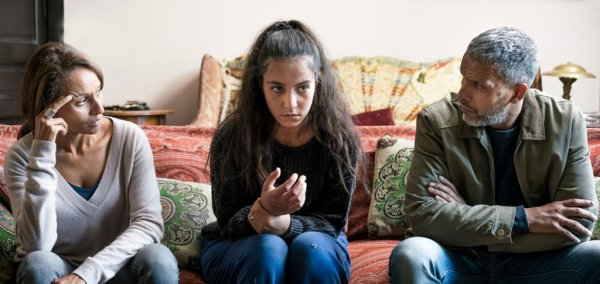 MARC LAVOINE ,  le film très réussi sur des jeunes qui partent en Syrie