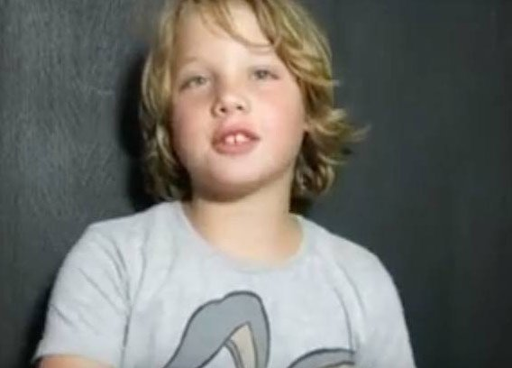 Le fils de Marc et Sarah Lavoine, 10 ans : sa première vidéo sur Youtube