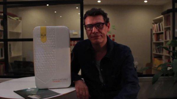 Marc Lavoine présente Mon cartable connecté, pour les enfants hospitalisés