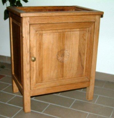 Table de chevet 1