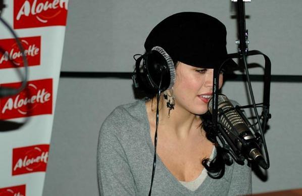 "Nolwenn Leroy - Radio ""Alouette"" - Paris , 01/02/2006"