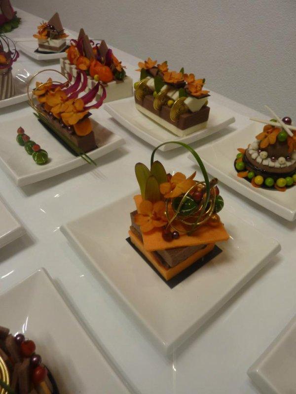 Pour le plaisir des yeux voila les desserts