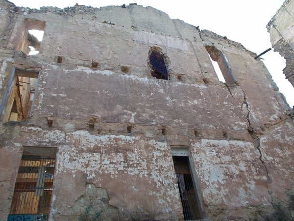 ruine  l eglisse de  saléte