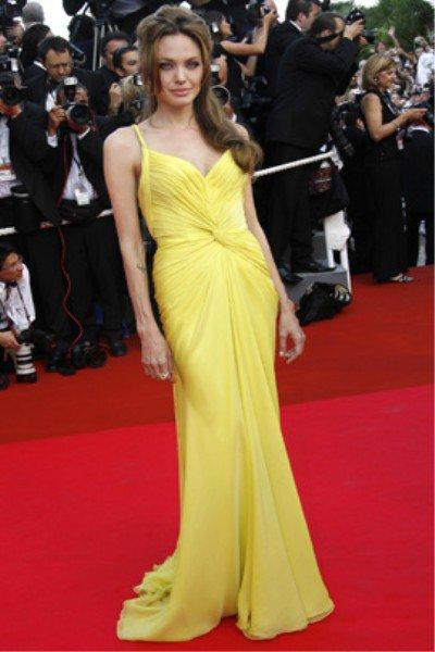 Jolie robe jaune