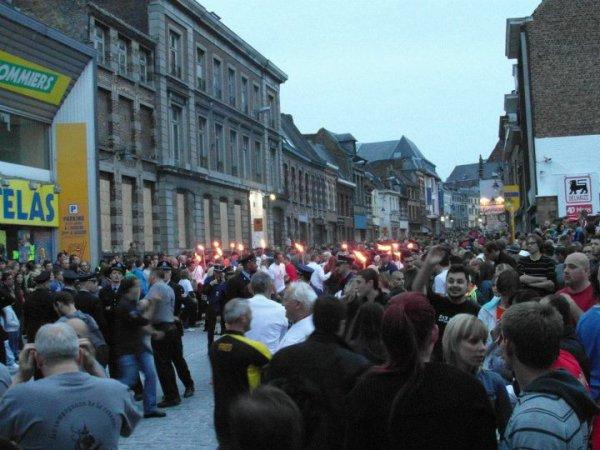 Doudou 2012: retraite aux flambeaux