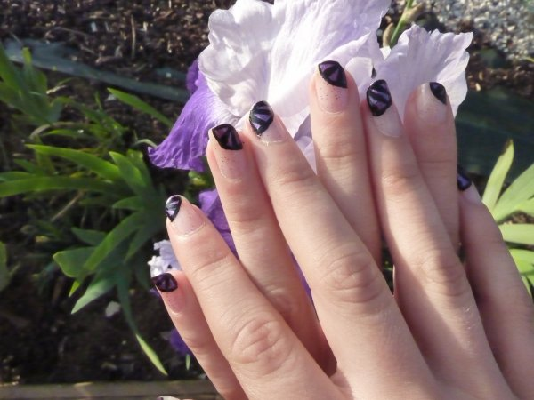 nail art tartofraise violet